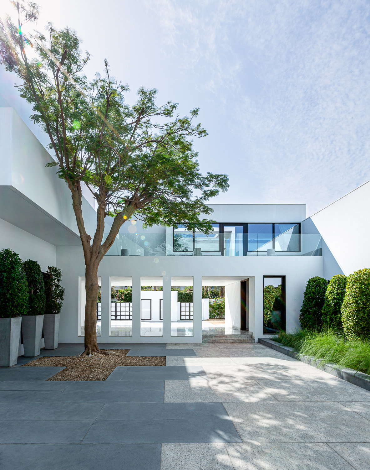 Residential Building Photography, villa courtyard in Dubai by international Architectural Photographer Ella Bessette.